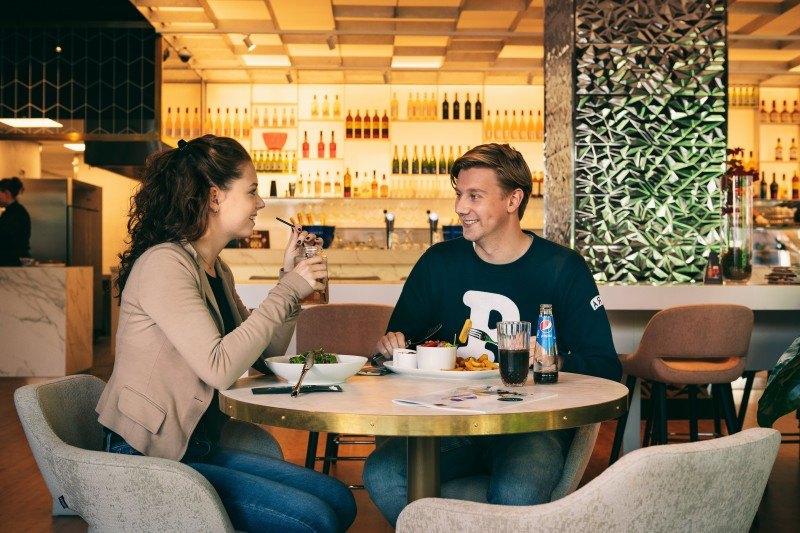 Âme Fashion Café